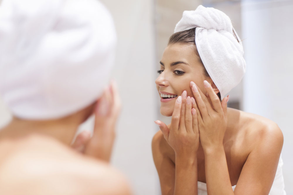 毛穴ケアに効果的な洗顔方法とは