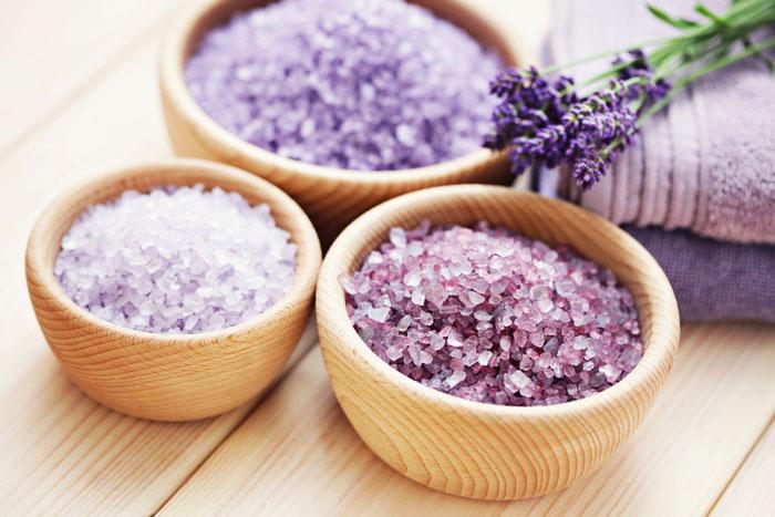 乾燥肌の保湿対策におすすめ!身近な素材で作る手作り入浴剤