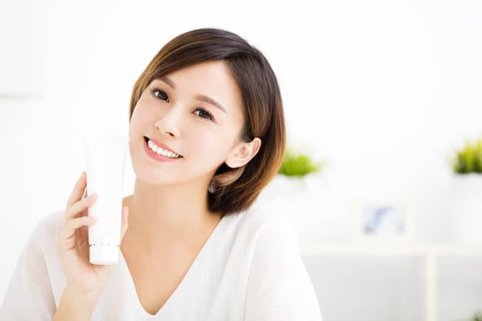 乾燥肌の化粧水選びはこの4ポイントに気をつけて