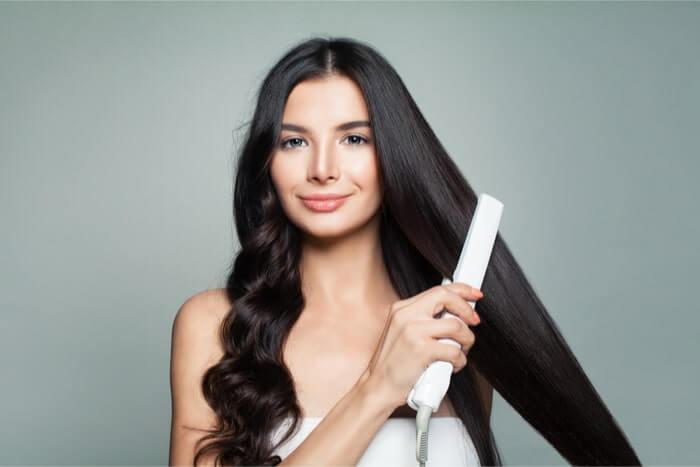 髪の傷みを防ぐアイロン使いのルール