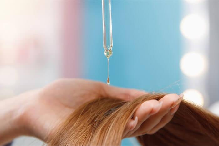 脱パサパサ髪!ヘアオイルのおすすめの使い方
