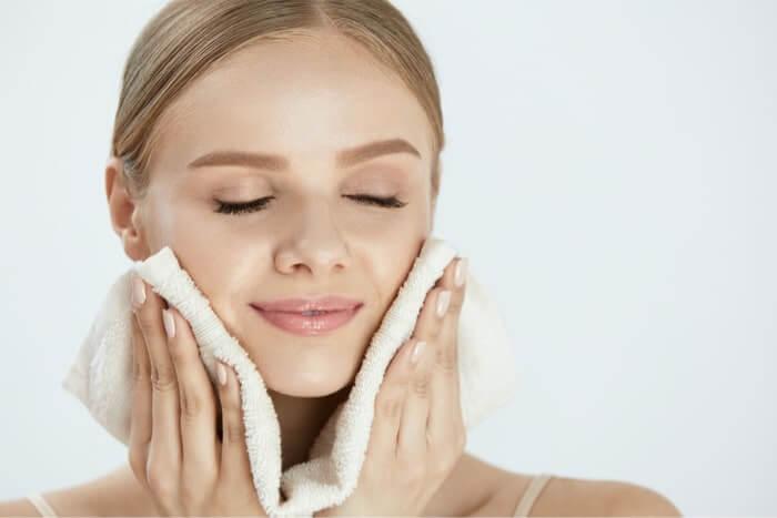 美肌も疲れ解消にもいいホットタオルの効果