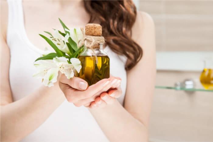 オリーブオイルを美容ケアとして使う際に期待できる効果は?