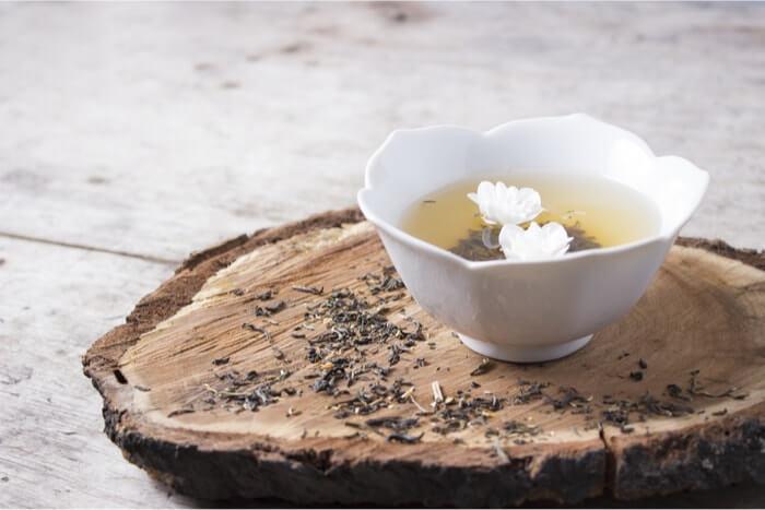 ジャスミン茶のダイエットに効果的な飲み方や注意点